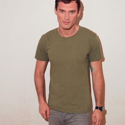 https://www.regoli.info/catalog/t-shirt-fruit-of-the-loom/images_ante/fr614300_iconic-T